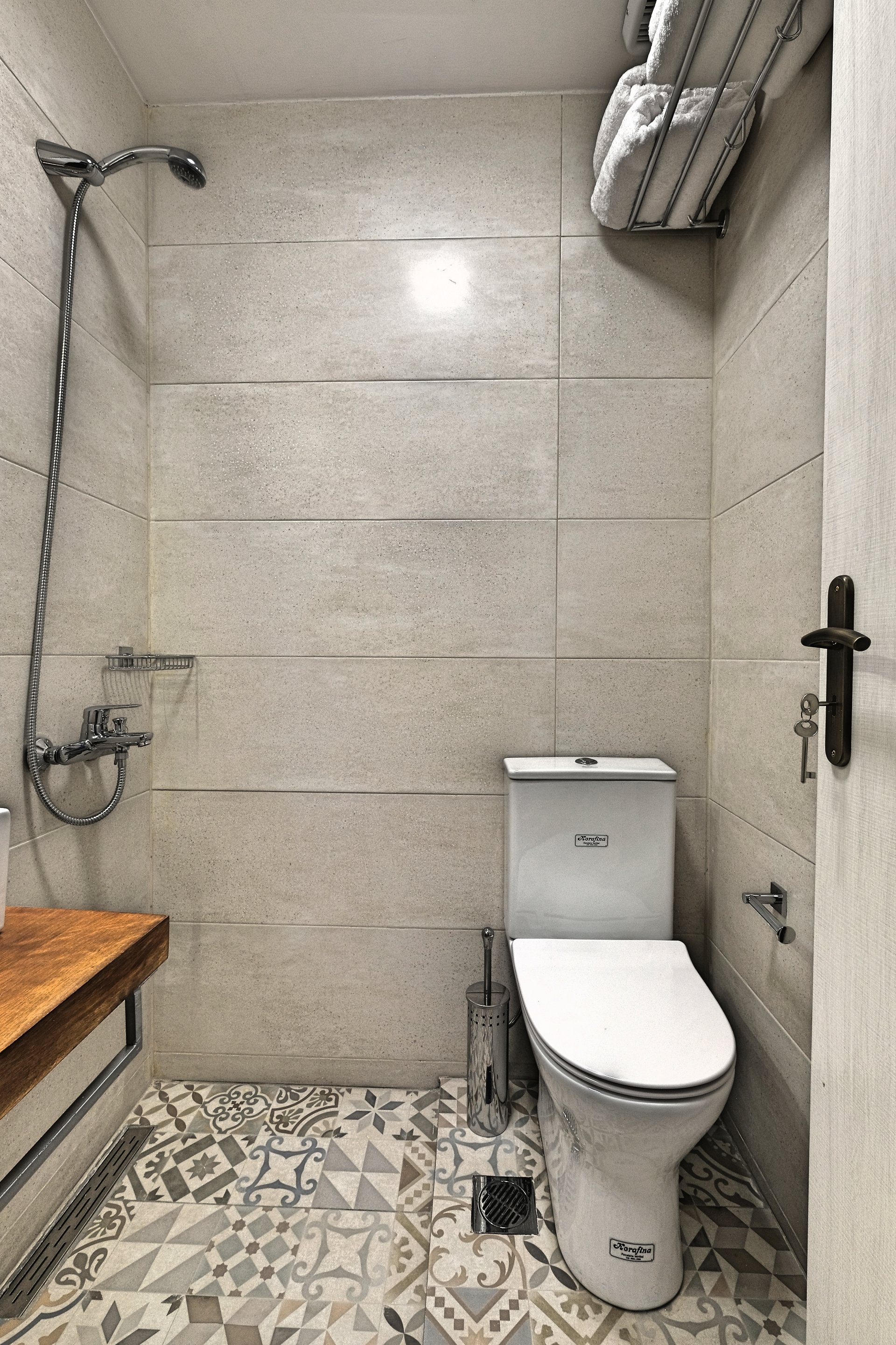 Double Room with Balcony Bathroom 2 - Agora Residence - Hotel in Chios