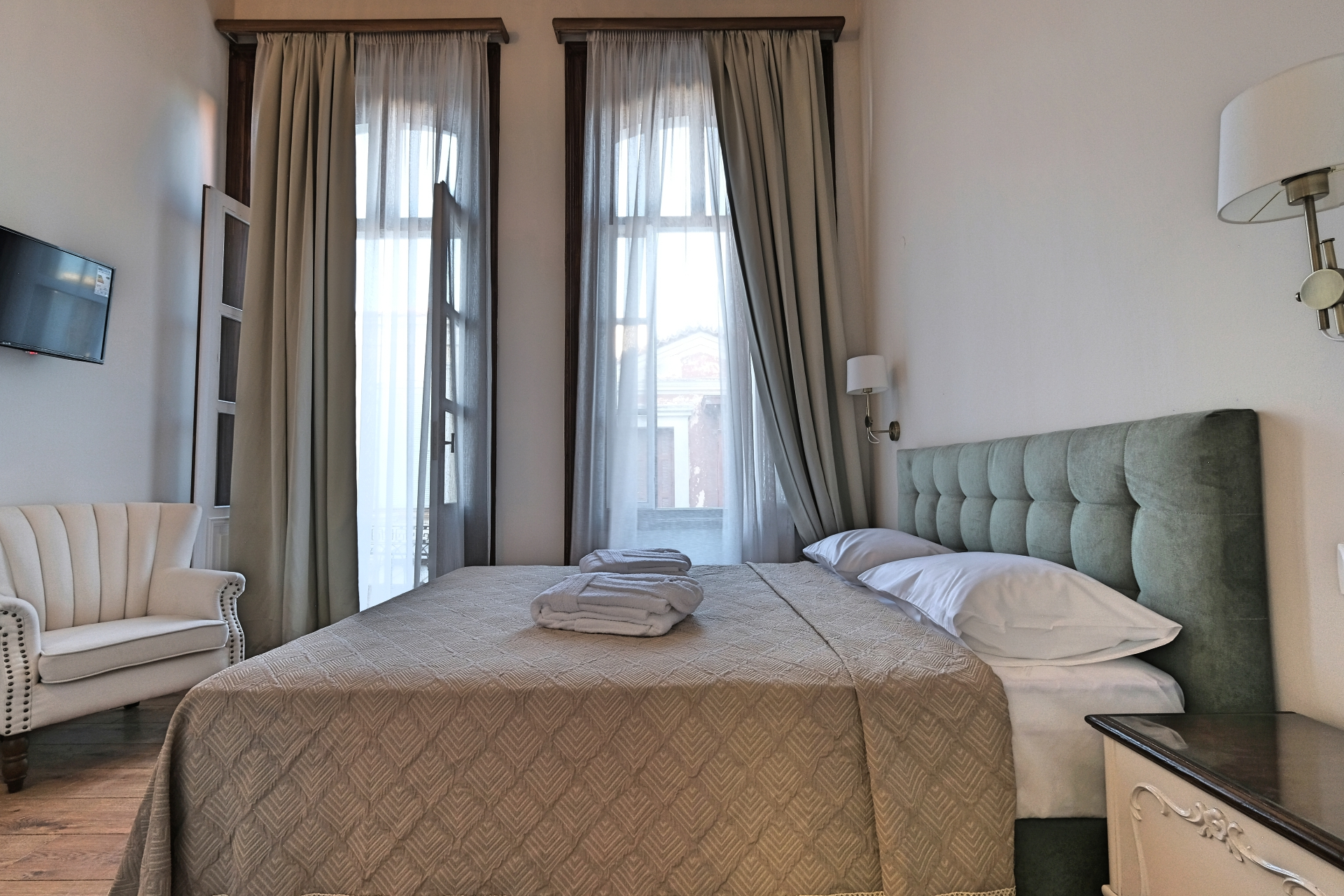 Double Room with Balcony Bed - Agora Residence - Hotel in Chios