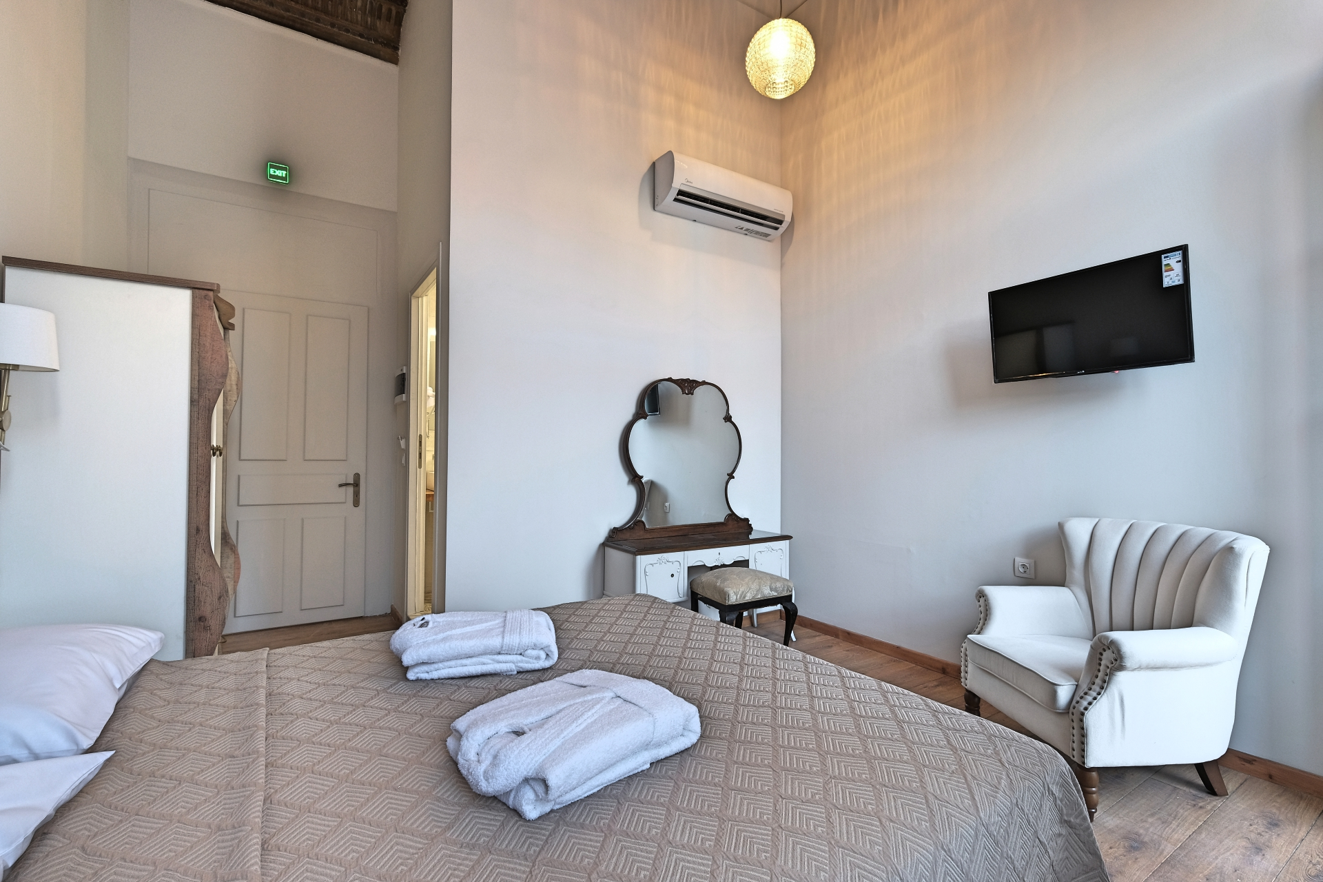 Double Room with Balcony Room - Agora Residence - Hotel in Chios