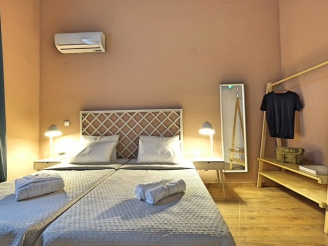 Standard Double Room with Twin Beds 2 - Agora Residence - Hotel in Chios
