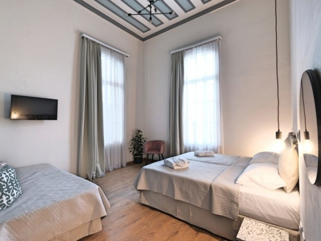 Superior Double Room 3 - Agora Residence - Hotel in Chios